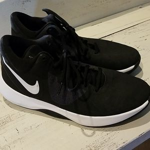 Other - Nike Air Precision II Men's Black/ White